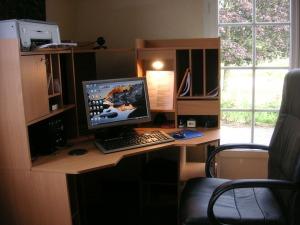 perlengkapan kantor